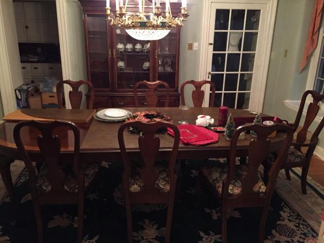 Stunning Drexel Heritage Dining Room Set For Sale In