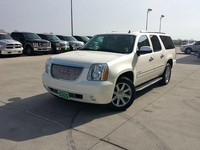 style luxury comfort 2012 gmc yukon denali for sale in ardmore oklahoma classified. Black Bedroom Furniture Sets. Home Design Ideas
