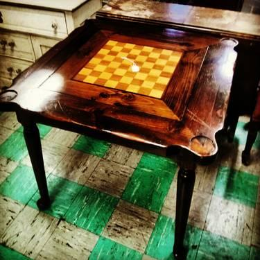 Stylish Mid Century Game Table Chess Inlay And Chairs For In Front Royal Virginia Classified Americanlisted Com