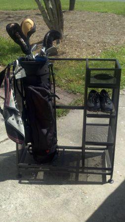 Suncast Golf Bag Gear Storage Organizer Shoe Rack