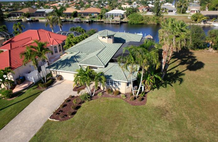 SW Cape Coral Tropical Paradise