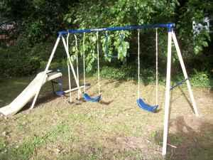 Swing Set - $40 (Hickory)