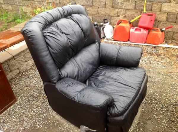 swivel recliner chair for sale in east wenatchee