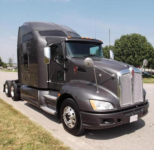 T660 studio sleeper with cummins power for sale in salt lake city utah classified for Kenworth t660 studio sleeper interior