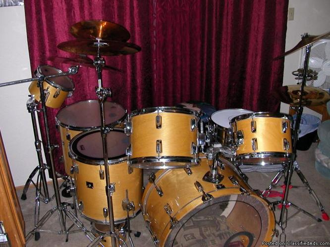 tama rockstar complete drum set for sale in sacramento california classified. Black Bedroom Furniture Sets. Home Design Ideas
