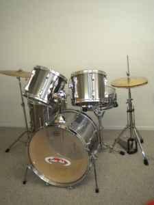 tama rockstar drum set 5pc w hardware cymbals brandenton for sale in sarasota florida. Black Bedroom Furniture Sets. Home Design Ideas