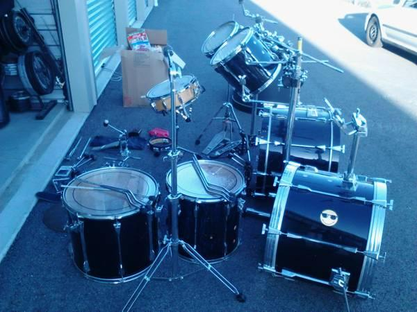 Tama Rockstar DX drum set - $500