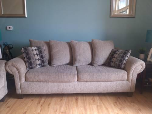 Tan Light Brown Plaid Loveseat Two Seater Couch Love Seat Sturdy Sofa For Sale In Beloit