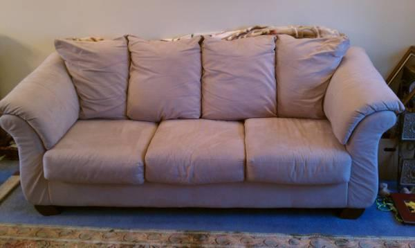 tan microfiber couch and loveseat 650