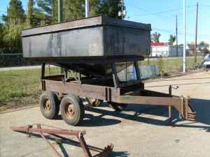 TANDEM AXLE GRAVITY BOX TRAILER - $1500 (AMERICUS)