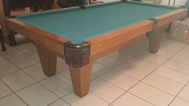Tapered Leg 8 Oak Finish Pool Table For Sale In Hialeah
