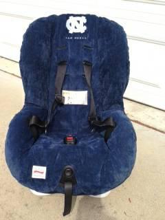 Tarheel logo Britax Roundabout Car seat-- Blue - $40