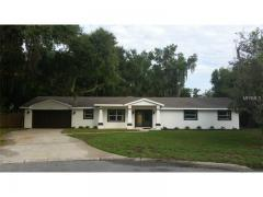 Tavares, FL, Lake County Home for Sale 4 Bed 3 Baths