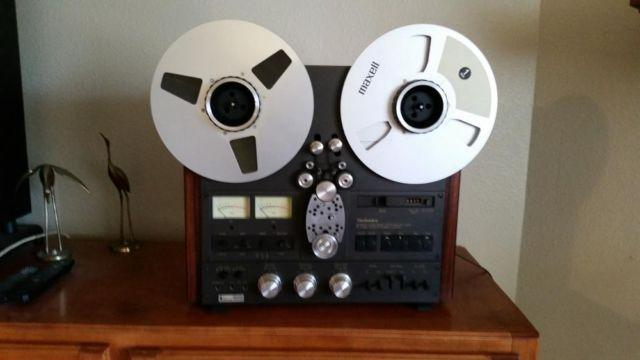 Technics RS-1506US 4 track Reel to Reel TapeRecorder.