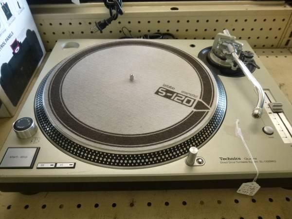 TECHNICS TURNTABLE SL-1200MK5 WORTOFON NEEDLE - $400