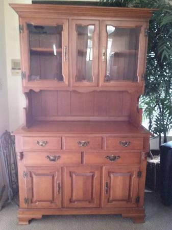 Tell City Indiana Young Republic Rock Maple China Cabinet 8386 650