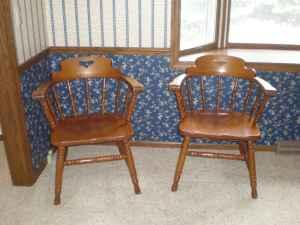 Tell City Maple Table and Chairs - $375 (Janesville)