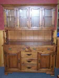 Tell City Solid Maple China Cabinet Hutch Montfort Wi