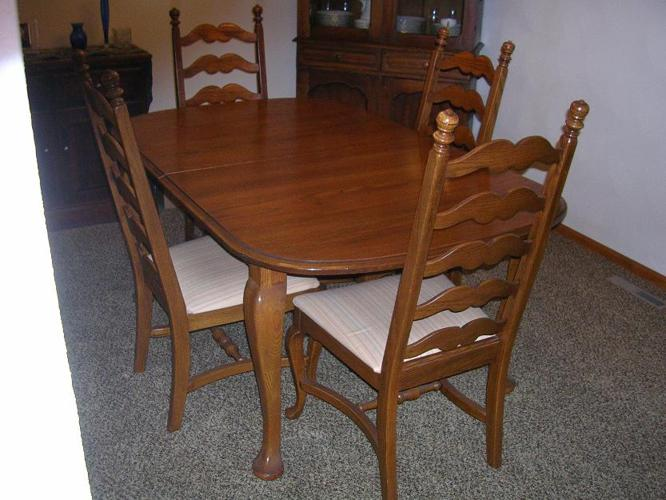 Temple Stuart Dining Table Set For Sale In Poplar Grove