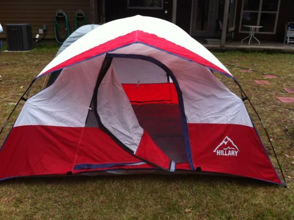 Tent - 3-4 person good condition easy setup - $25