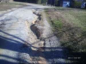 THE GRAVEL DRIVEWAY REPAIRMAN - $1 (BURLINGTON &