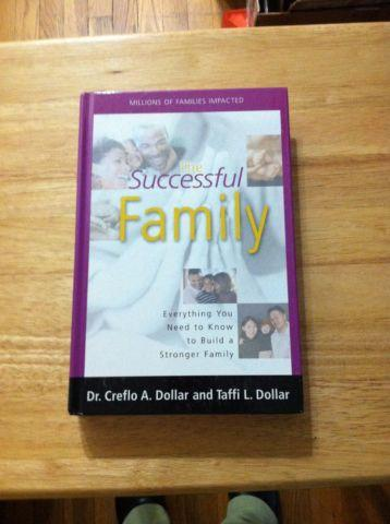 THE SUCCESSFUL FAMILY (HARDCOVER)