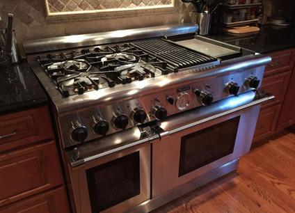 Thermador Professional 48 Range With 4 Burners Griddle