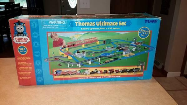 Thomas the Train Ultimate Set + Train Table - $150 & Thomas the Train Ultimate Set + Train Table - for Sale in Bethalto ...