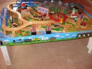 Thomas Train Table With Roundhouse Track Set North