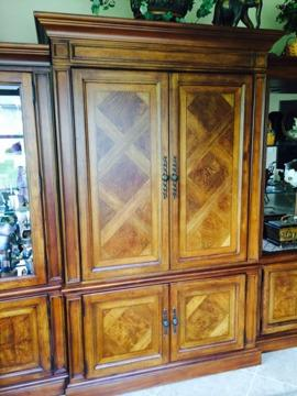 Thomasville British Gentry TV Or Armoire