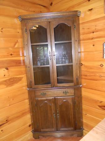 Thomasville Corner Hutch For Sale In Mchenry Maryland
