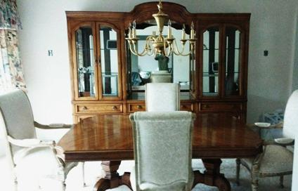 Thomasville Dining Room Set for Sale in Orland Park Illinois