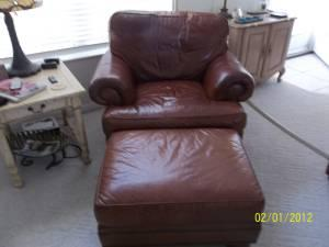 Thomasville Leather Sofa And Chair With Ottoman