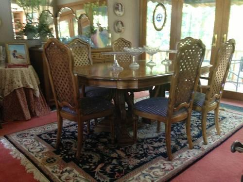 Thomasville Solid Wood Dining Set For Sale In Broken Arrow Oklahoma Classified
