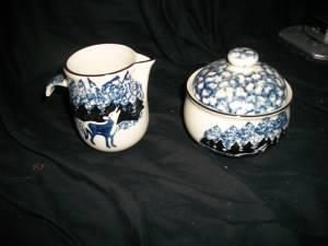 Tienshan Wolf Creamer & Sugar bowl Folkcraft Tienshan -