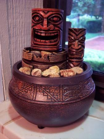 Tiki Totem Hawaiian Tabletop Fountain - $10