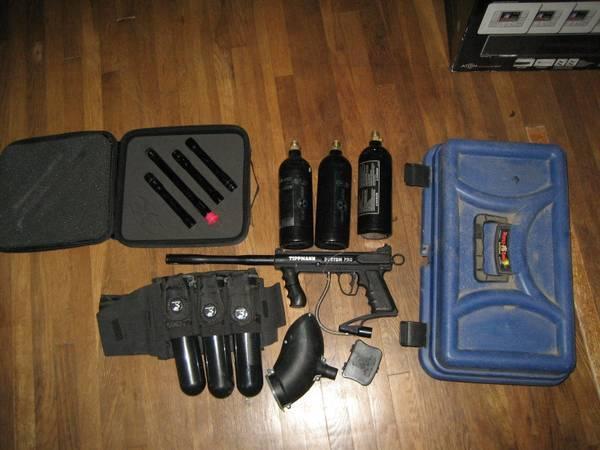 TIPPMAN CUSTOM PRO PAINTBALL GUN with extras  - $150
