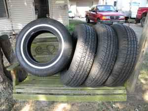 (TIRES) 4 - 205-75-R15 MS - $150 ((TROY))