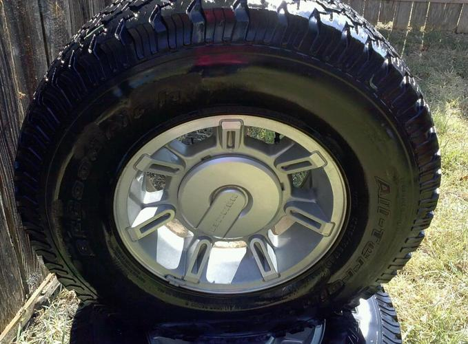Tires for Hummer truck SIZE 17 with original rimms