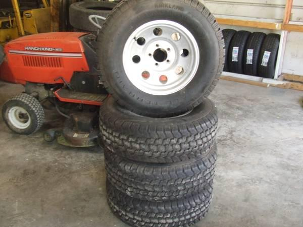 TIRES LIKE NEW 90%TREAD 235/75/15 LT ALL TERRAIN - $400