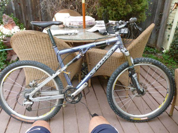 Titus Racer X medium - $875 (Denver by 1st and