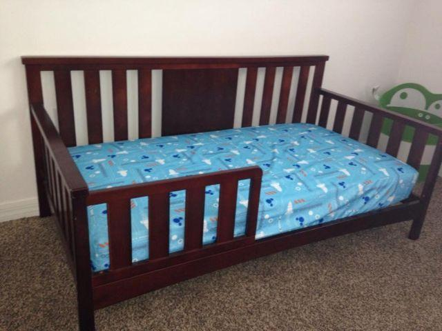 Toddler bed and mattress (USED 3 TIMES)