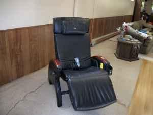 tony little massage chair peoria for sale in peoria illinois classified. Black Bedroom Furniture Sets. Home Design Ideas