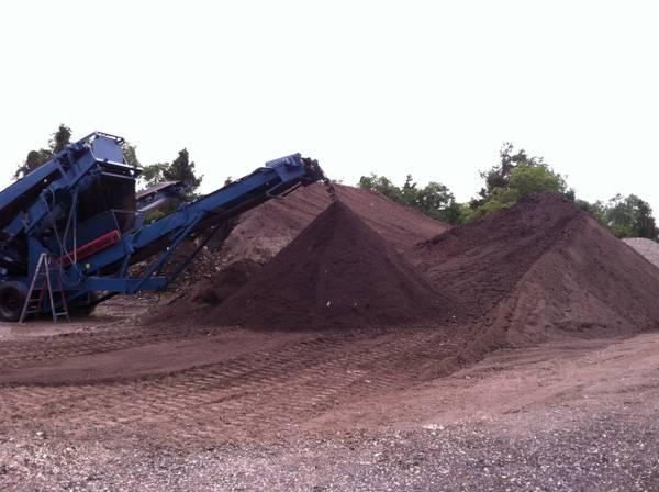 TOPSOIL *DELIVERED $350