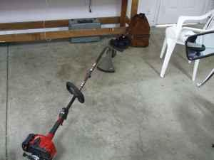 Toro 51954 17 commercial gas weed trimmer - $95 Shady Cove