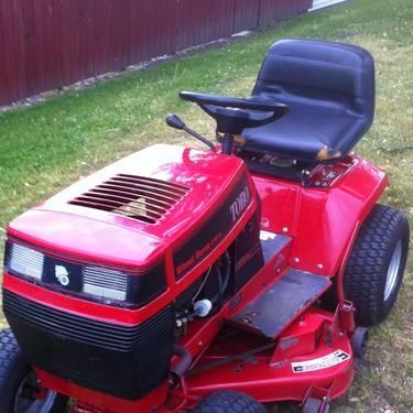 Toro Wheelhorse riding mower