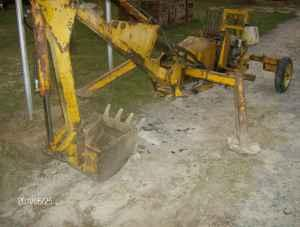 TOWABLE PORTABLE BACKHOE - $1900 (CLINTON)
