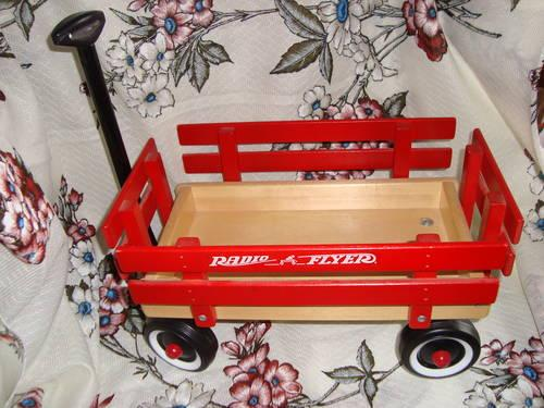 Town  Country Radio Flyer Wagon,1996, Model 6, 13 X 8