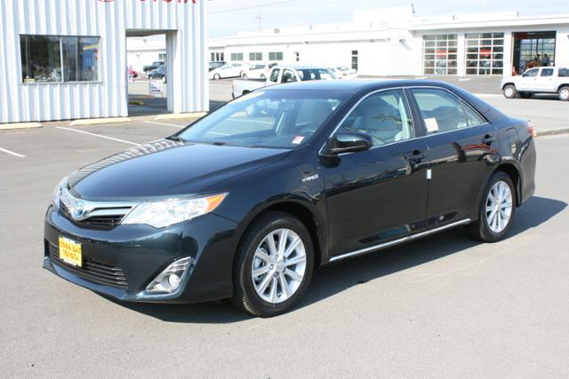 toyota camry hybrid 2013 for sale in charleston oregon classified. Black Bedroom Furniture Sets. Home Design Ideas