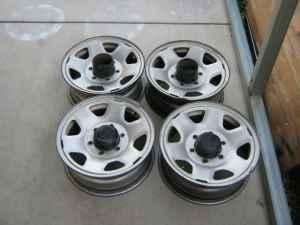 Rims on Toyota Stock Steel Wheels 6 Lug 15x7    75  Visalia  For Sale In